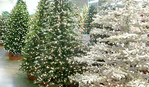 Artificial Christmas Trees: Flocked Arctic 7.5 Feet