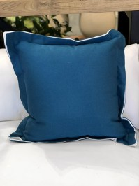Aldik Home's Luxurious Outdoor Throw Pillows - Premier Reef