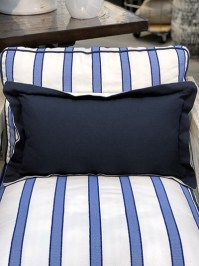 Aldik Home's Luxurious Outdoor Throw Pillows - Linen Navy