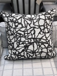 Aldik Home's Luxurious Outdoor Throw Pillows - Surge